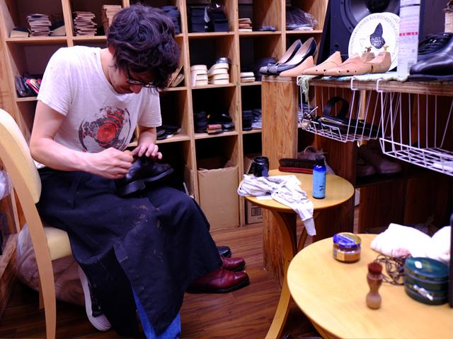 靴修理新宿御苑工房